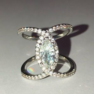 Gorgeous Sterling Silver White Sapphire Ring